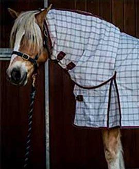 rip stop combo horse rug burgundy front jojubi saddlery