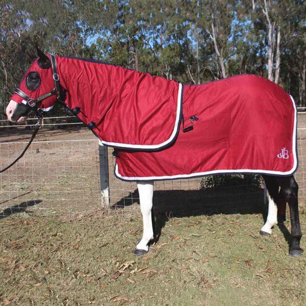horse show set rug burgundy left side jojubi saddlery 800
