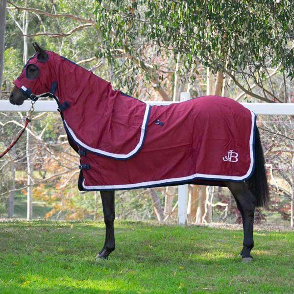 show set horse rug burgundy with hood left side jojubi saddlery 800