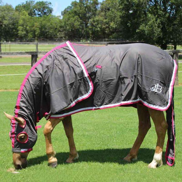 show set horse rug grey pink left side eating grass jojubi saddlery 800