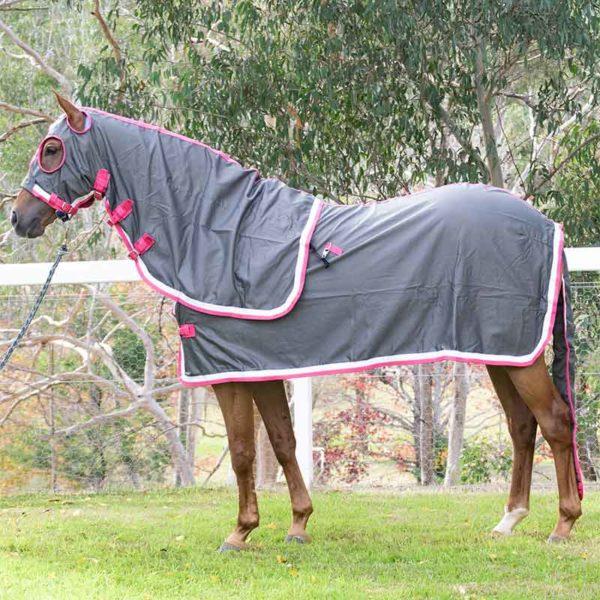 show set horse rug grey pink left side jojubi saddery 800